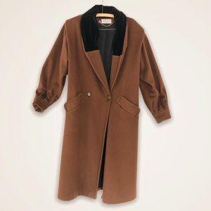 Vintage Caramel Brown and Velvet Neckline Jacket